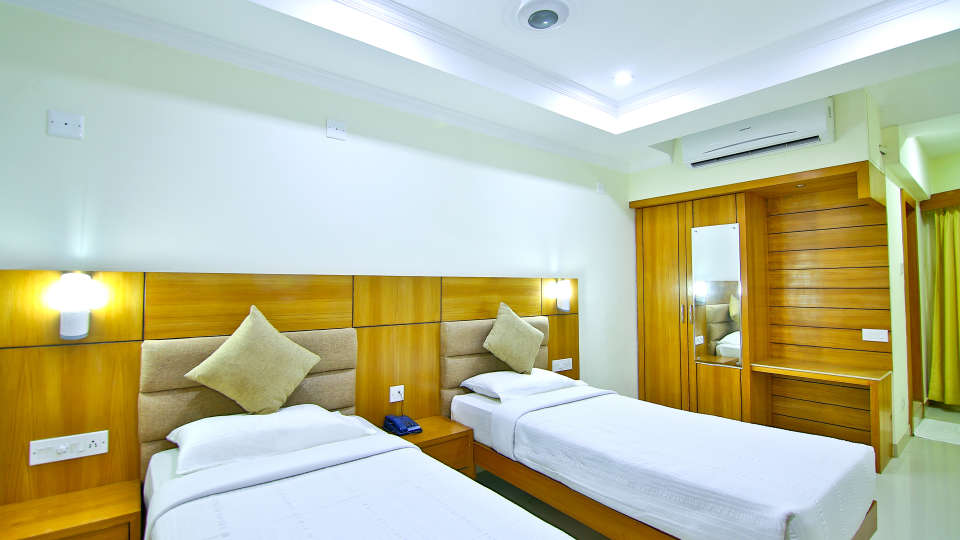 AC Standard, Rooms in Amballur, Stay in Thrissur, Sree Gokulam Residency 2