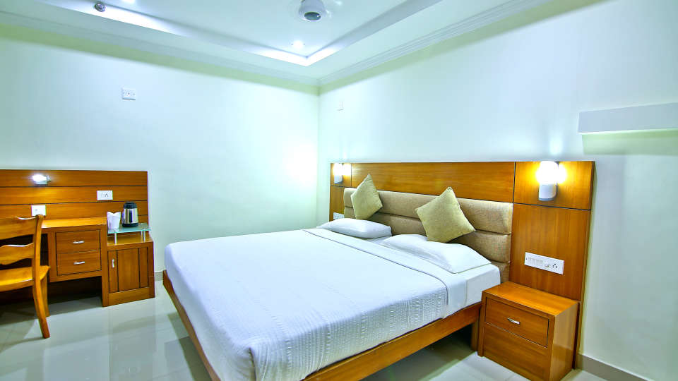 Hotel Rooms in Thrissur, Sree Gokulam Residency, Rooms in Amballur, Deluxe Rooms 2