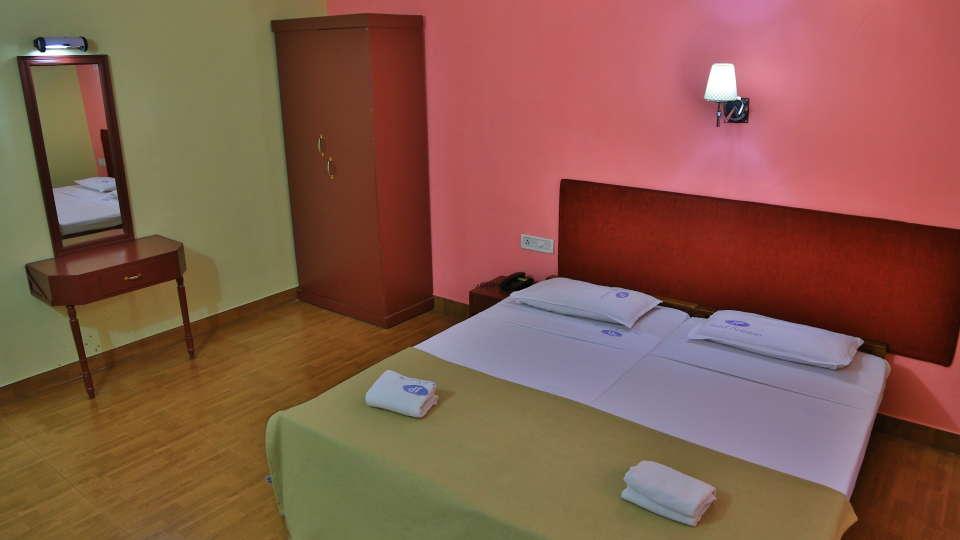 Hotel Srinivas, Kochi Cochin Deluxe AC Room Hotel Srinivas Kochi 2
