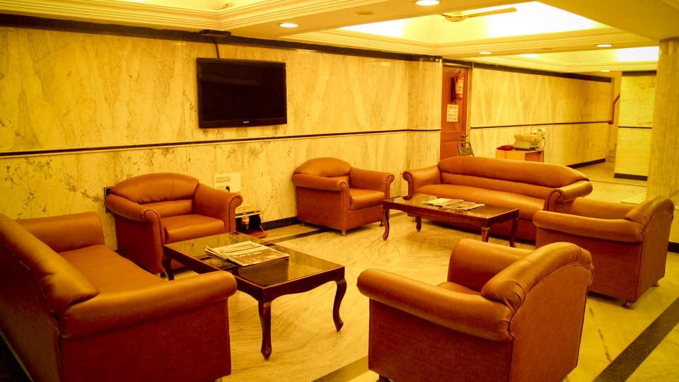 Lobby Hotel Yasodha Towers 17