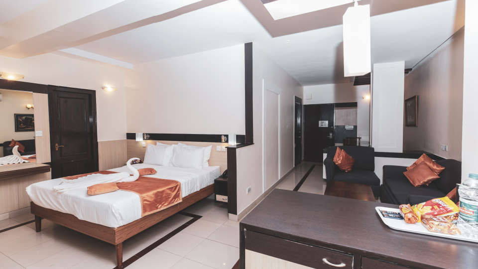 Accommodation in Bangalore, iStay Hotels - Infantry Road, Jr Suites 2