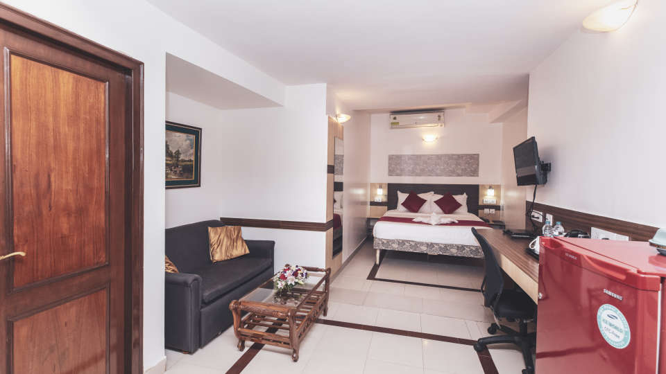 Hotel Rooms in Bangalore, iStay Hotels - Infantry Road, Deluxe Rooms