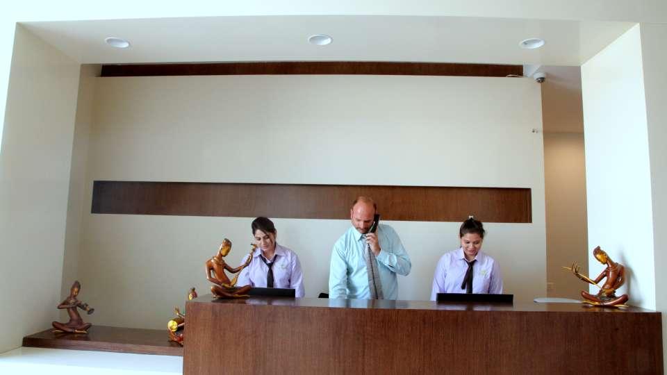 Le ROI Jammu Hotel Jammu Lobby Reception Le Roi Jammu Hotel 19