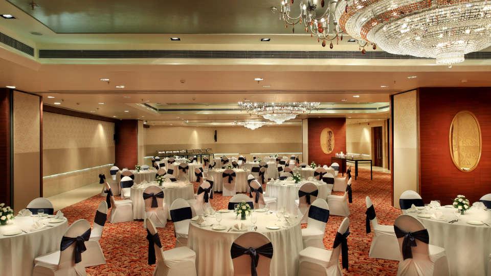 Banquet hall Mahagun Sarovar Portico Vaishali