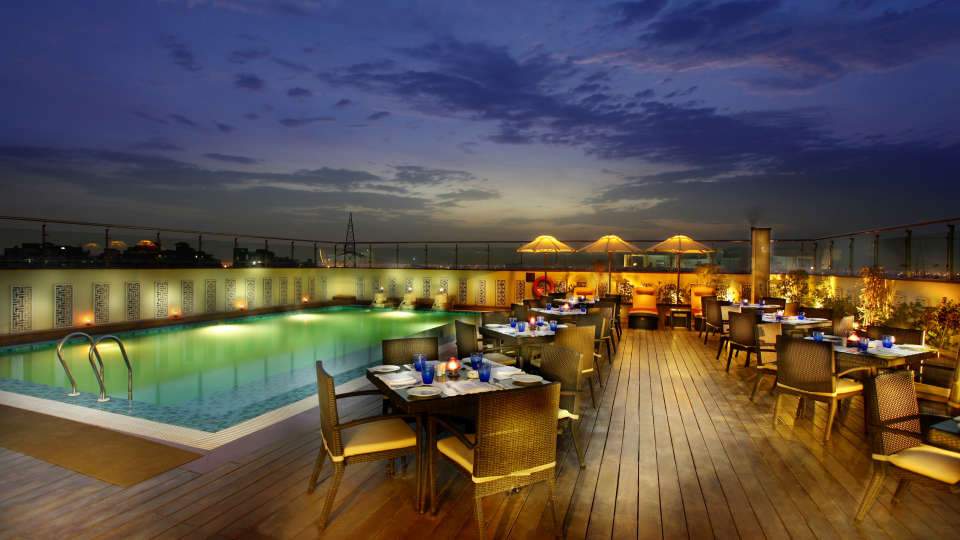 Terrace Grill at Mahagun Sarovar Portico Vaishali, restaurants in vaishali 2