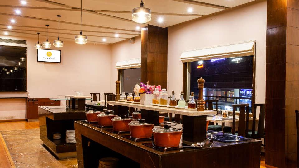 Restaurant in Manipal, Mango Hotels - Manipal, MoXa Bistro 6