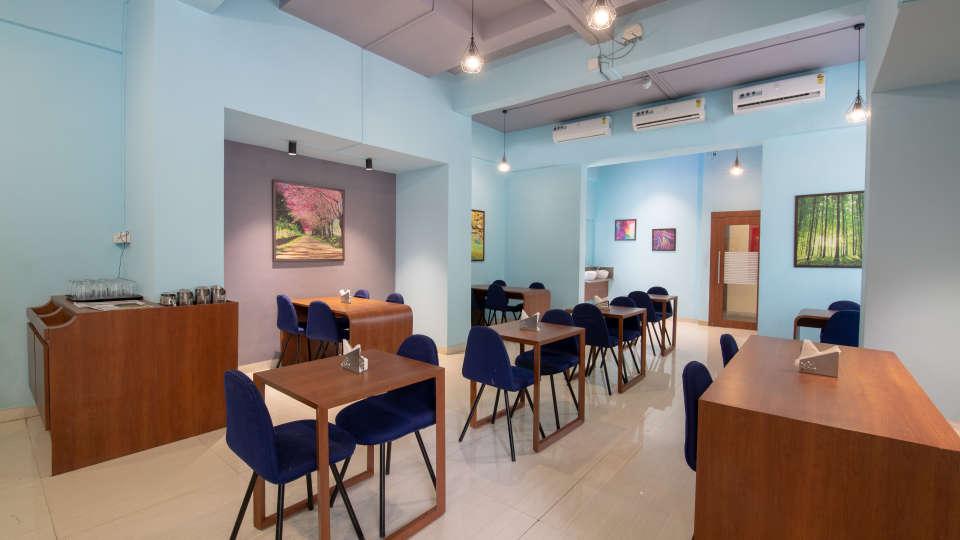 16 - Restaurant