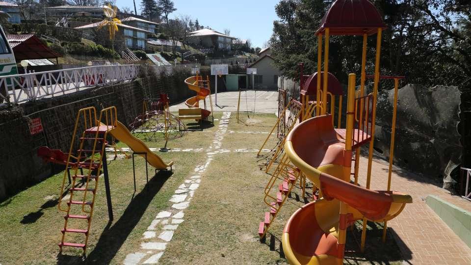 51 - Kids play area