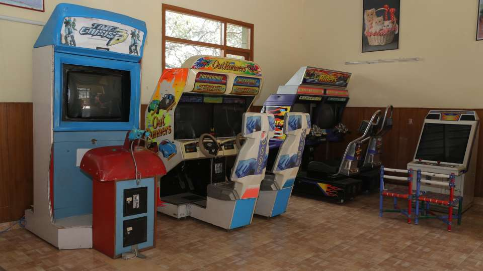 54 - Gaming parlour for kids