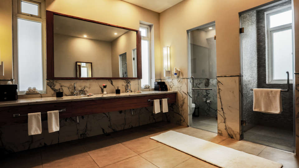 Bathroom bedroom 2 royal and residential suite