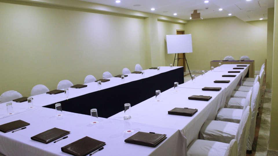 Raj Park Hotel - Tirupati Tirupati Banquet Hall Raj Park Hotel Tirupati 9