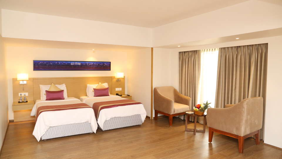 Deluxe Rooms Sarovar Portico Ahmedabad 10
