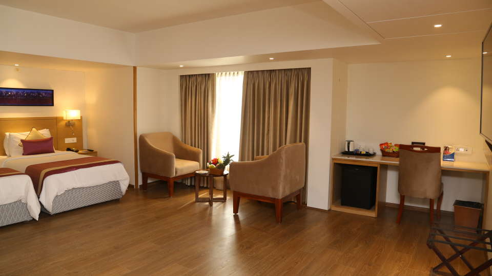 Deluxe Rooms Sarovar Portico Ahmedabad 1
