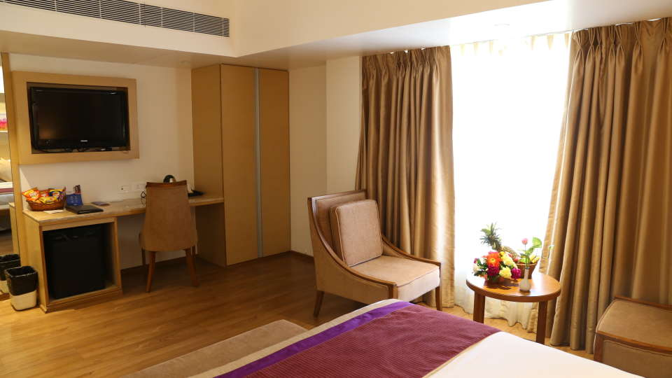Superior Rooms Sarovar Portico Ahmedabad 5