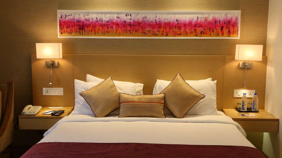 Superior Rooms Sarovar Portico Ahmedabad 8