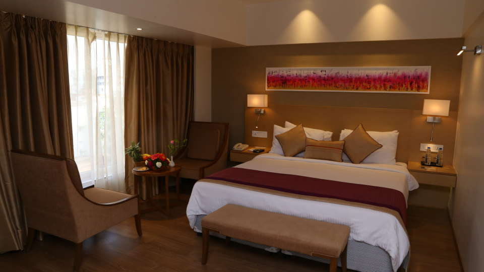 Superior Rooms Sarovar Portico Ahmedabad 9