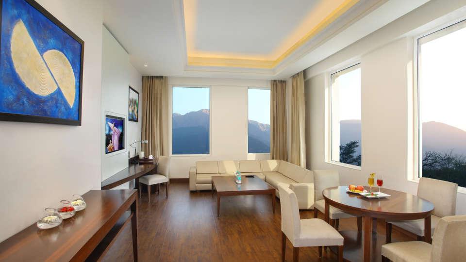 Suites at Hotel Seyfert Sarovar Portico Dehradun 4
