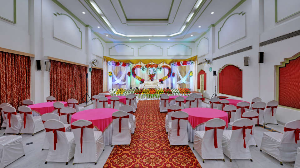 Banquet Hall in Tiruchirappalli at the SRM Hotel banquets in Trichy
