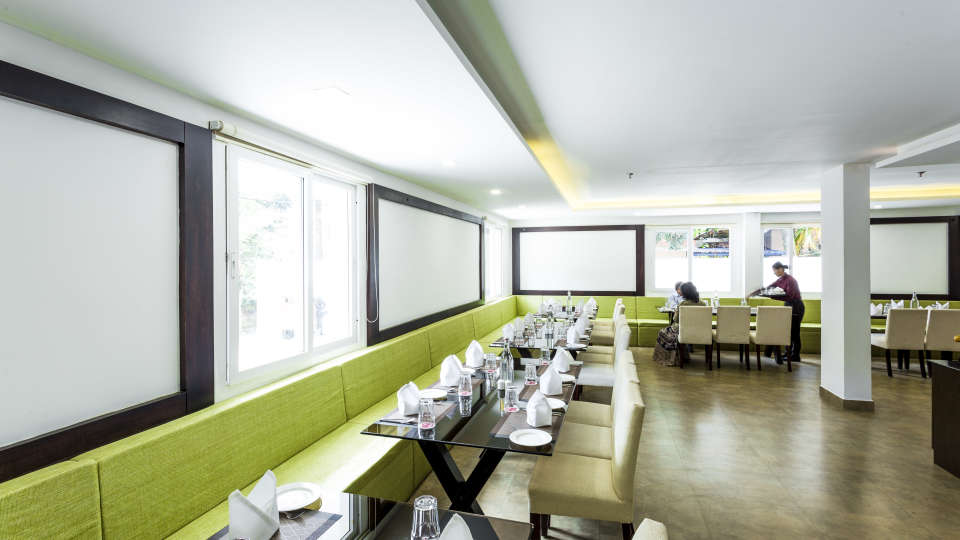 Restaurant at Summit Hampton Kerla 5