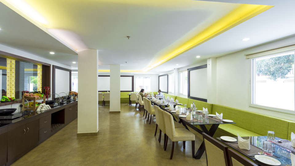 Restaurant at Summit Hampton Kerla 8