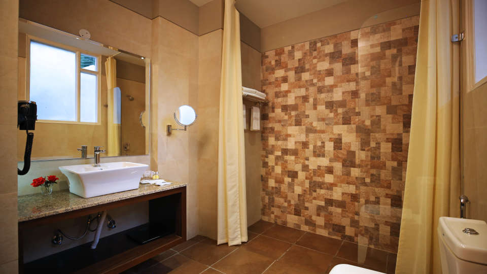 Washroom Summit Thistle Villas Luxury Spa Resort Mashobra
