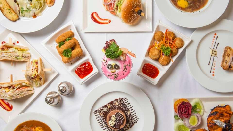 Flavors Restaurant  Cafe5, The Ambassador hotel Mumbai, Restaurant near Marine drive 514