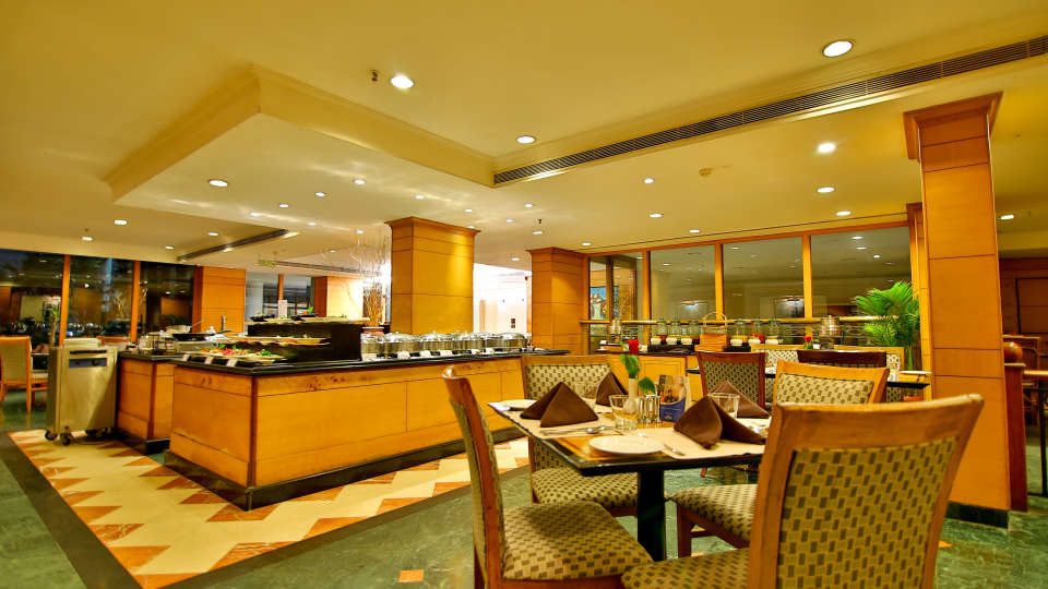 Periyar restaurant at The Gokulam Park Kochi 5