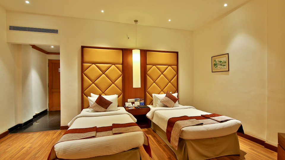 Superior Room at The Gokulam Park Hotel Kochi 7