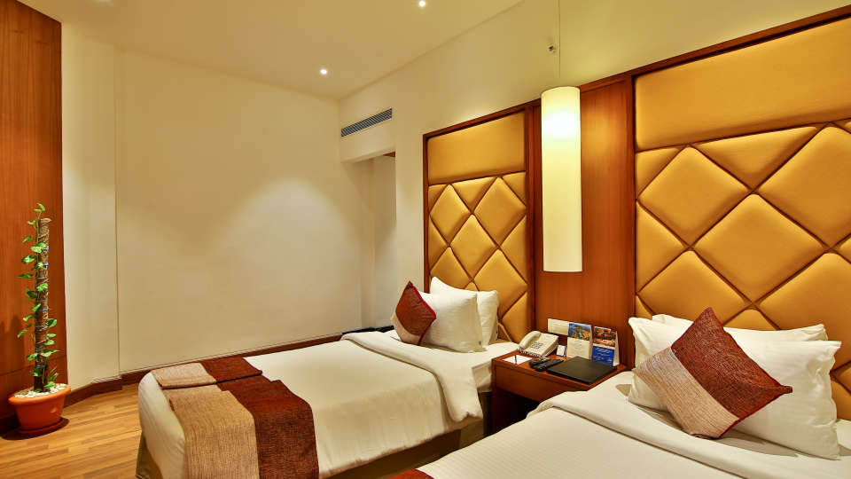 Superior Room at The Gokulam Park Hotel Kochi 8