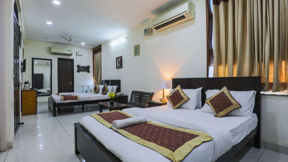 Room at The Hermitage Hotel (By Cosy Hotels), New Delhi28
