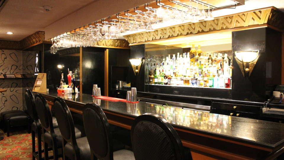 Restaurants in Marine Drive, 5-Star Hotel near Mumbai Airport, The Orchid Hotel Mumbai Vile Parle