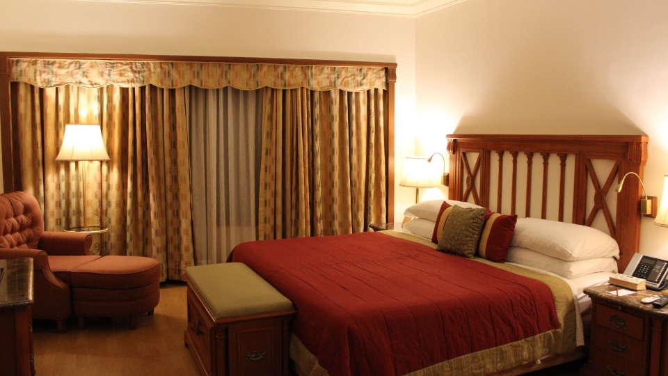 Rooms in Vile Parle Drive, 5-Star Hotels near Mumbai Airport, Orchid Hotel Mumbai Vile Parle 1