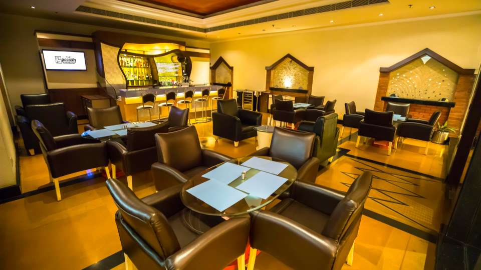 Bars in Lucknow,Theka Bar At The Piccadily, Hotel with Bar in Lucknow 4