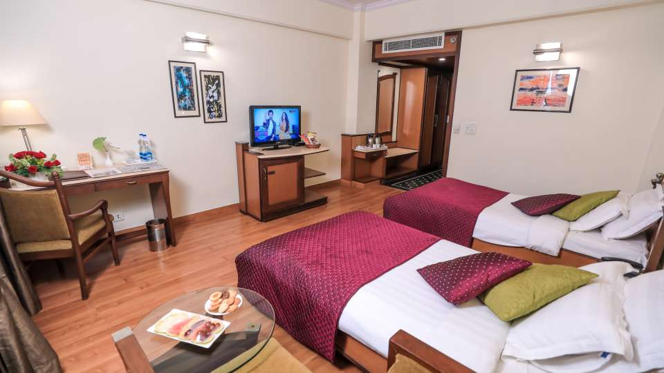 Lucknow Hotel Rooms ,The Piccadily, Rooms near Lucknow Airport 6