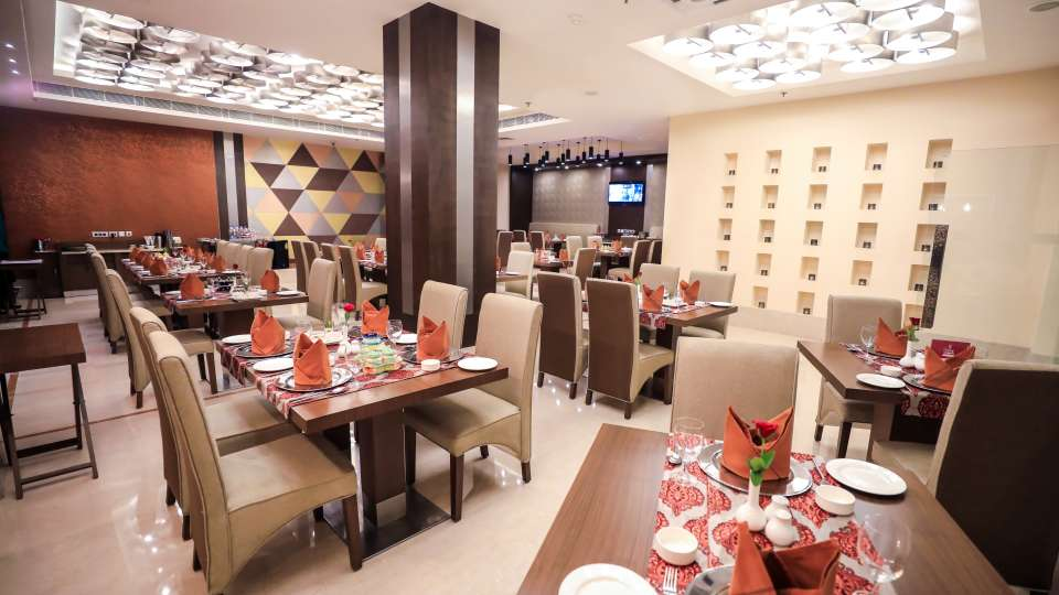 Restaurant in Lucknow, Punjab Restaurant at The Piccadily, Dining in Lucknow 8
