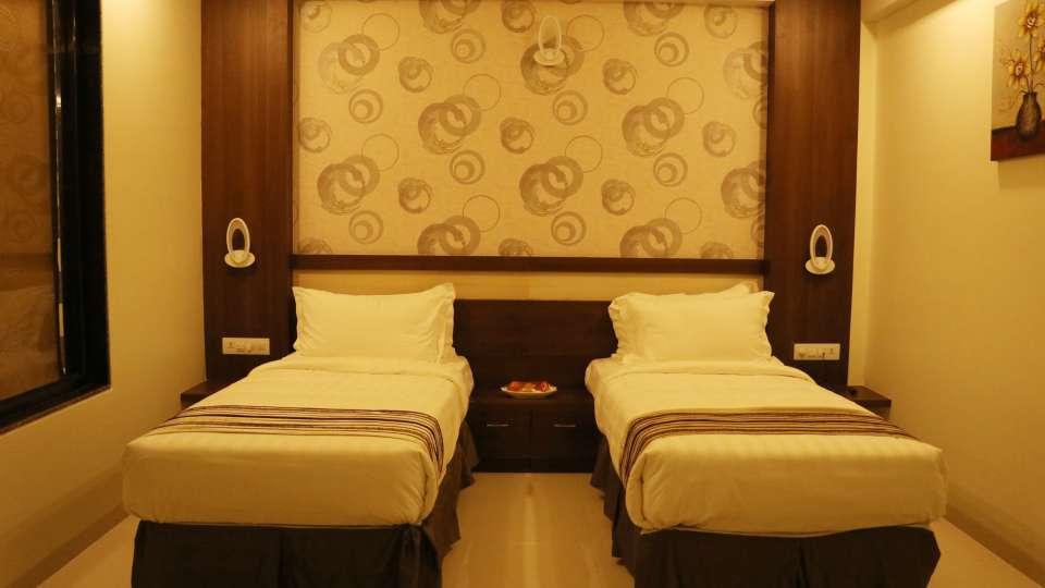 VITS Sagar Plaza, Pune Pune Deluxe Room VITS Sagar Plaza Pune