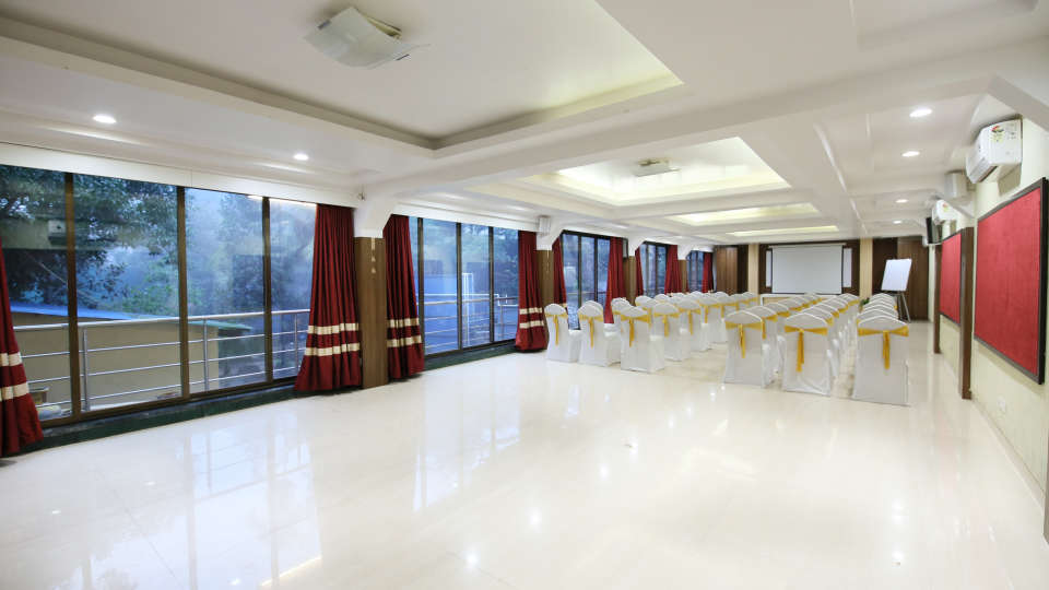 Banquet Halls In Lonavala Zara s Resort Khandala Resort In Khandala 3