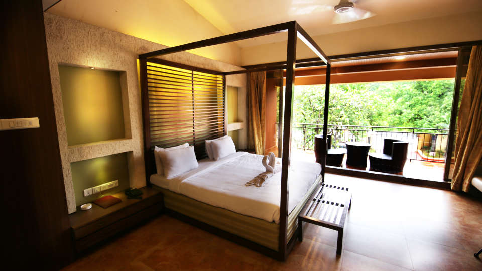 Moghul Room Zara s Resort Budget Hotel in Lonavla 5