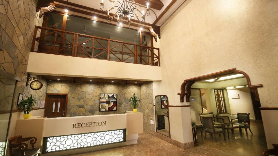 Reception Zara s Resort Khandala Hotel in Pune 3