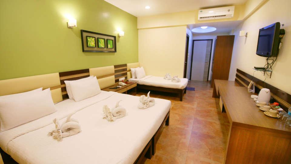 Super Deluxe Room, Zara's Resort, Khandala, Rooms in Lonavla 2