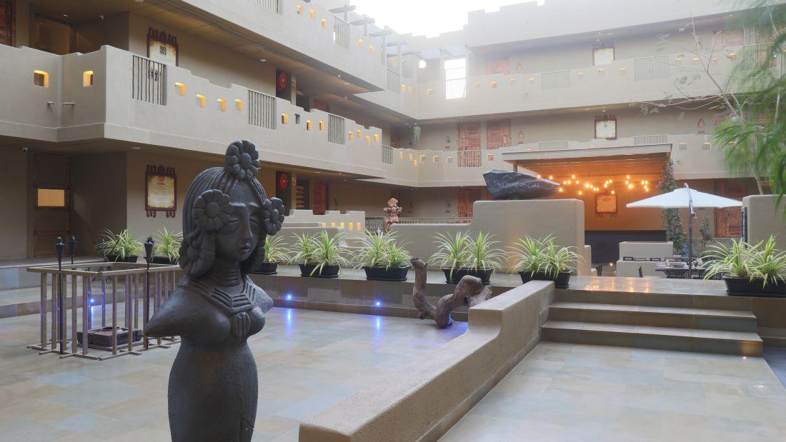 Courtyard Entrance 2