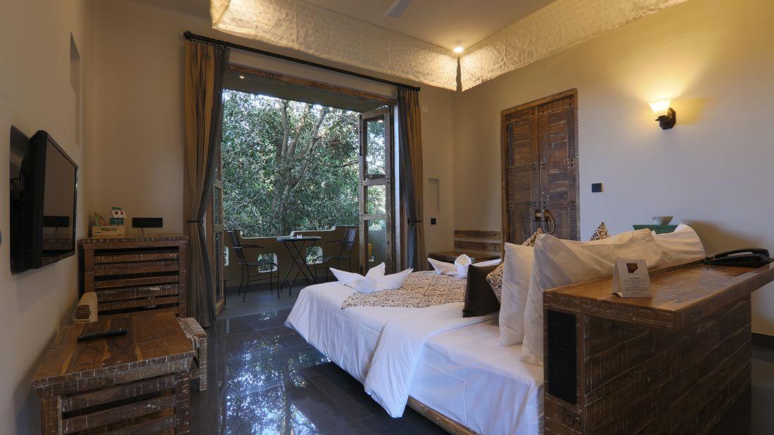 Room   Balcony 1