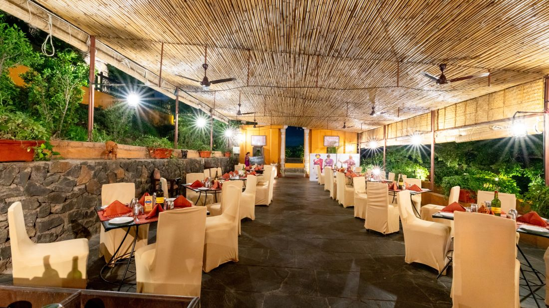 Food Restaurant 10