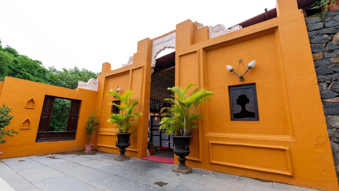Food Restaurant 2