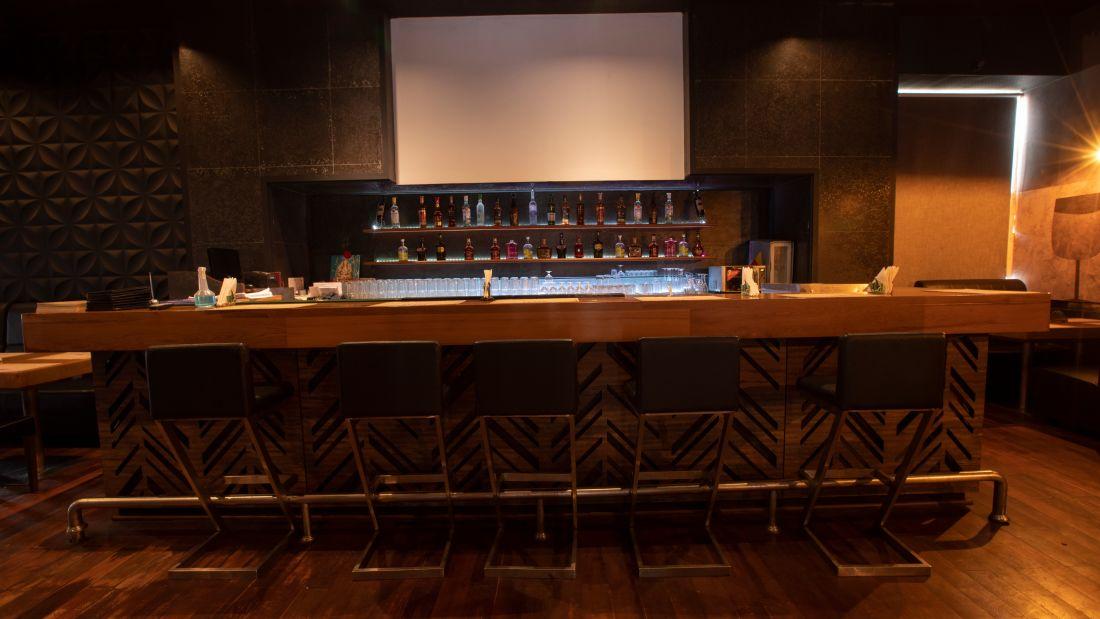 The Cedar House Lounge Bar 16
