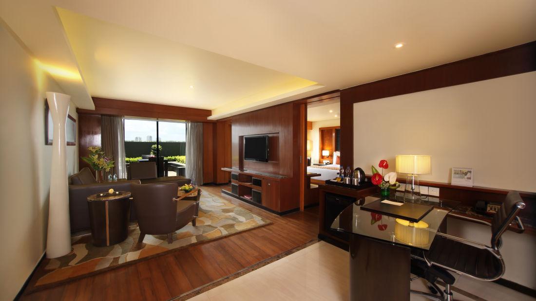 Executive Suite Hotel Gokulam Grand Bangalore3