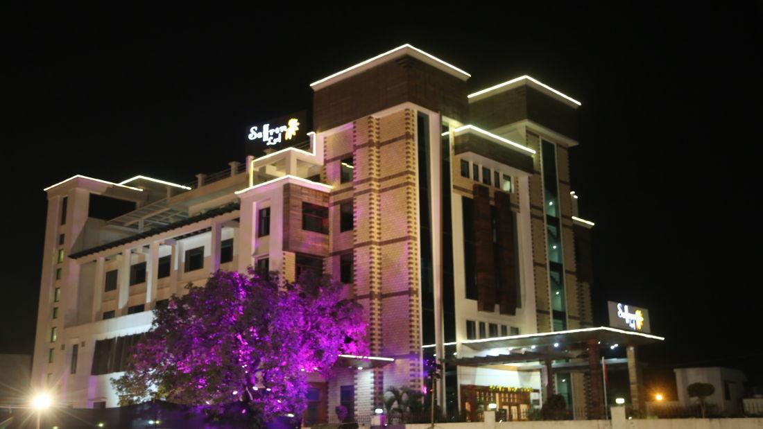 Hotel Saffron Leaf Dehradun 2
