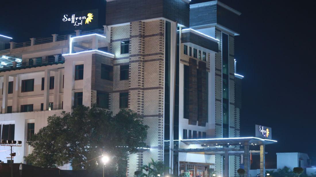 Hotel Saffron Leaf Dehradun 3