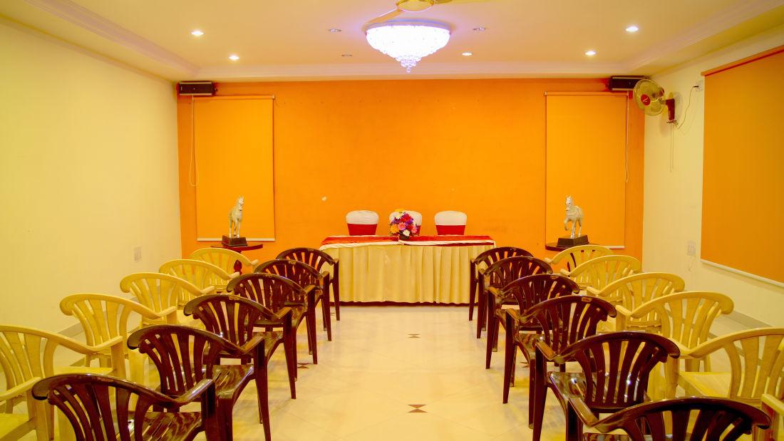 Meeting Hall Hotel Yasodha Towers 22
