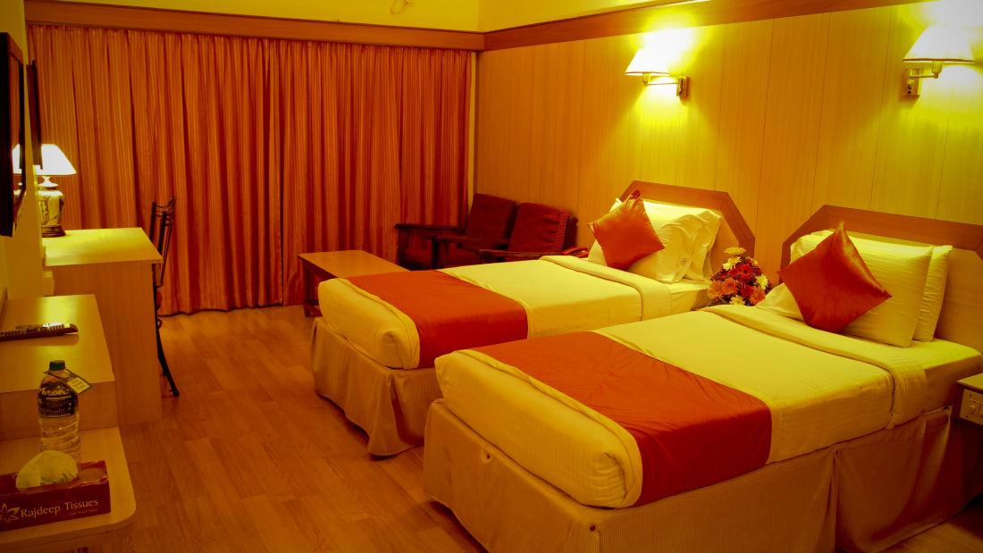 Rooms Hotel Yasodha Towers 16